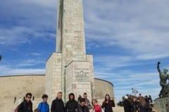 8-Pomnik-Wolności-Średni