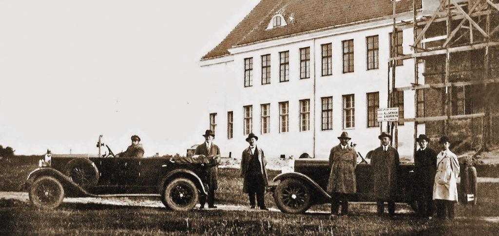 Wizytacja budowy gimnazjum 1929